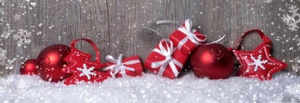 So kleiden Sie an Weihnachten/Neujahr festlich.