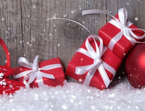 Wir wünschen frohe Weihnachten und ein glückliches neues Jahr.